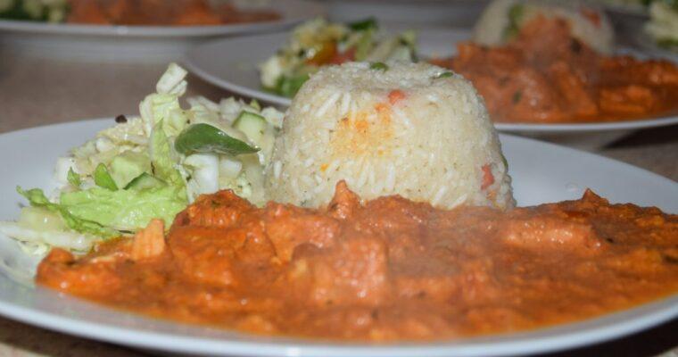 Kurczak w sosie Tandoori 4/os 680 kcal. Przepis